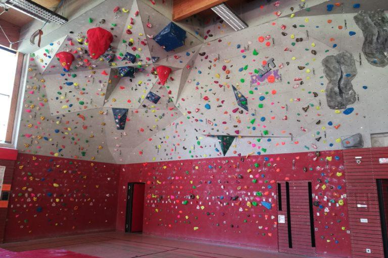 Komplett neue Routen in der Kletterhalle Karlsgymnasium!